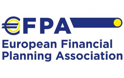 What is an Independent Financial Adviser (EFA)?